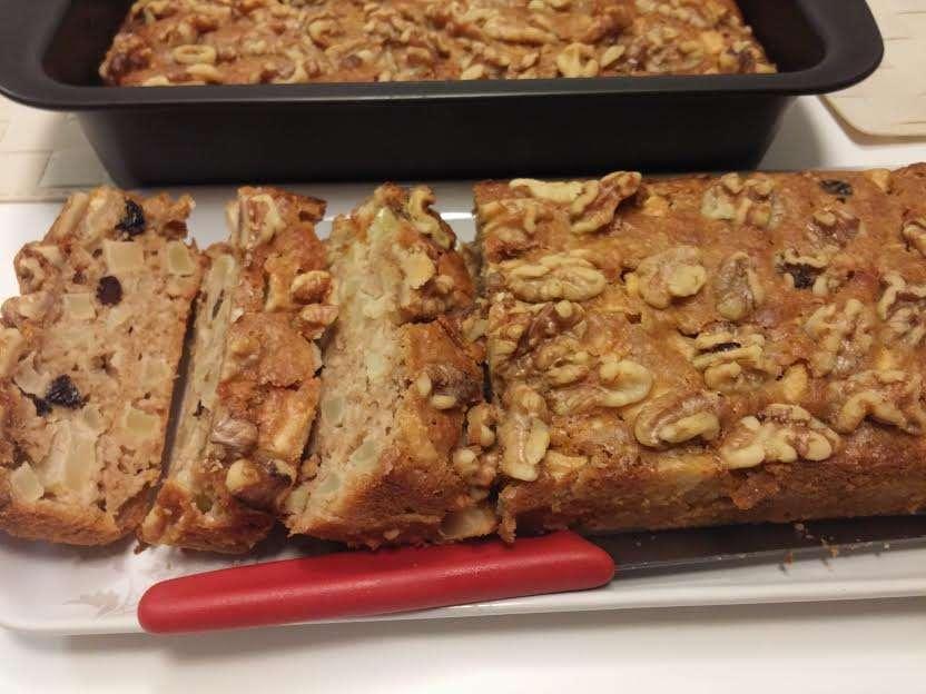 עוגת תפוחי עץ ושיבולת שועל מעולה ועסיסית